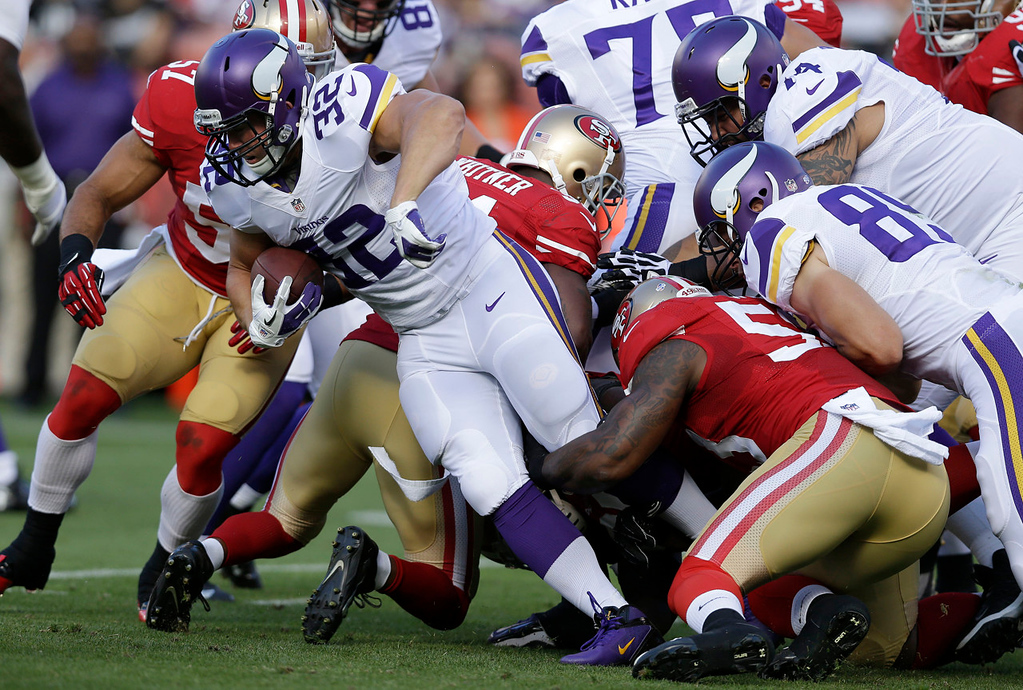 . Vikings running back Toby Gerhart  runs against the 49ers during the first quarter. (AP Photo/Marcio Jose Sanchez)