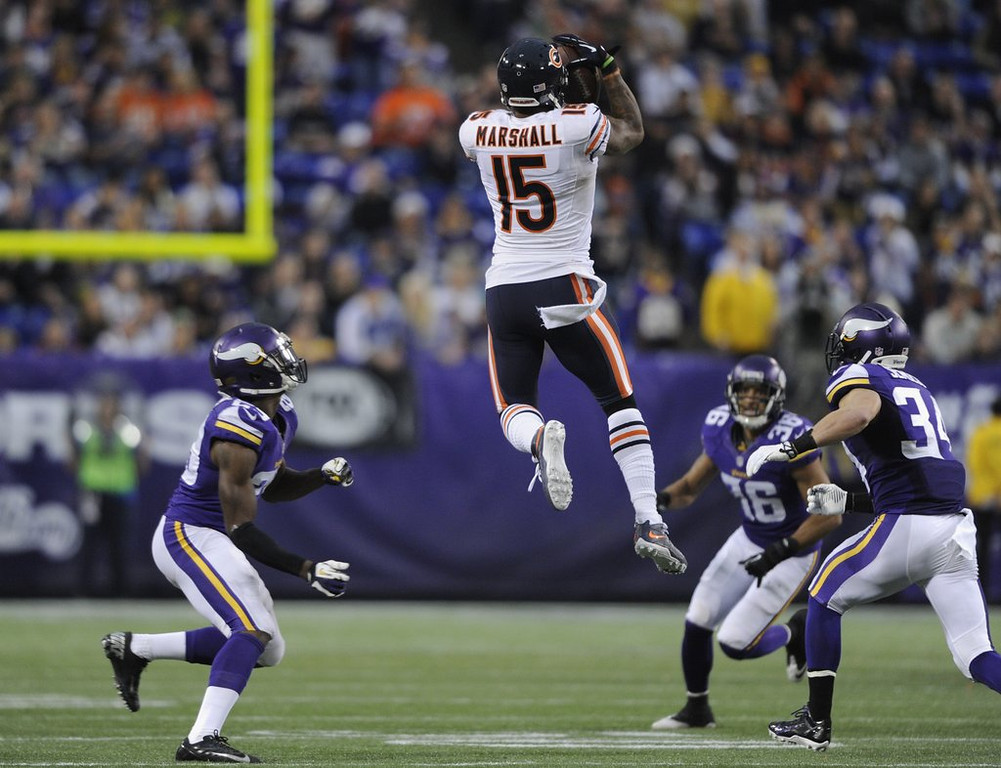 . <p><b> Bears at Eagles (-3):</b>  <p>Chicago�s Brandon Marshall admitted he thought of pulling �a Dez Bryant� and nearly walked off the field before the end of the Bears� overtime loss to the Vikings in Week 13. The star wide receiver decided to stay on the field with his teammates after remembering that he isn�t a 3-year-old. <p>Pick: <b>Eagles by 4</b> <p>    (Hannah Foslien/Getty Images)