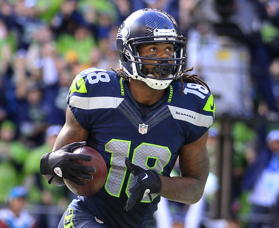 ". 10. (tie) SIDNEY RICE <p>NFL shocker: A Seattle receiver retires because of concussions, and it�s NOT Percy Harvin. (unranked) </p><p><b><a href=""http://blog.seattlepi.com/football/2014/07/23/seahawks-receiver-sidney-rice-retiring-from-nfl/#25334101=0\"" target=\""_blank\""> LINK </a></b> </p><p>   (AP Photo/Stephen Brashear)</p>"