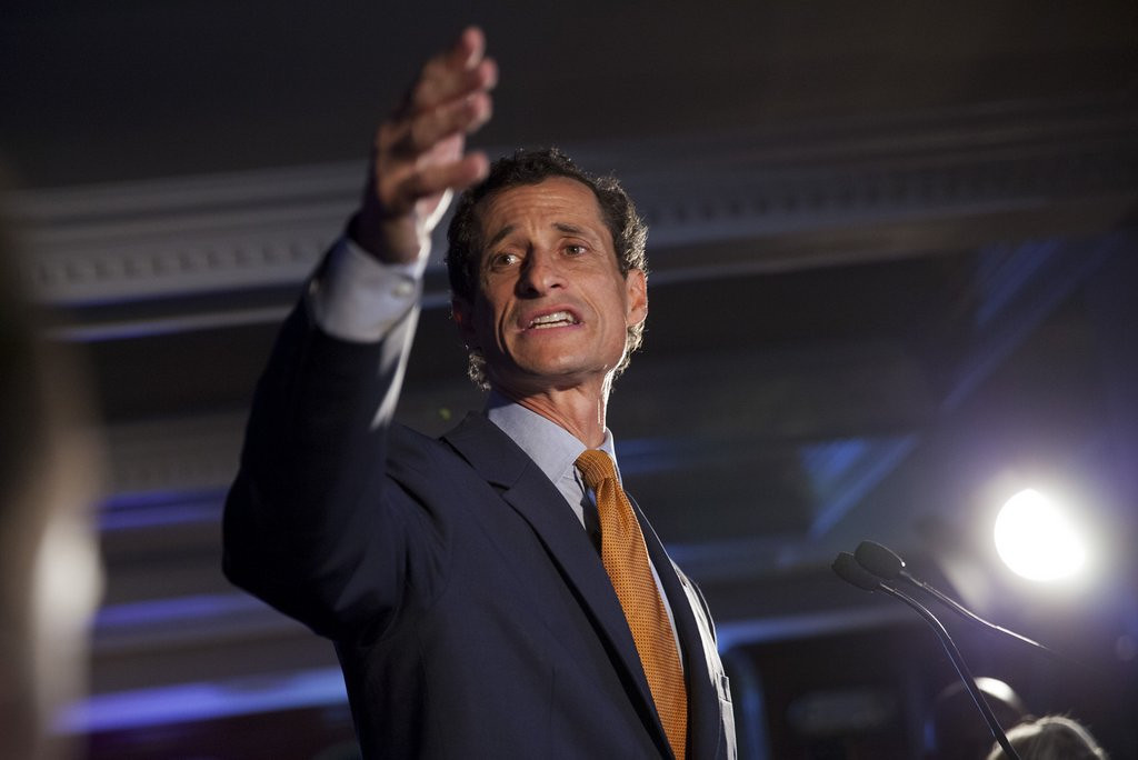""". <p>1. (tie) ANTHONY WEINER <p>New York voters tell him to beat it � and you know he will ... (unranked) <p><b><a href=\'http://www.huffingtonpost.com/2013/09/10/anthony-weiner-middle-finger_n_3903886.html\' target=\""""_blank\""""> HUH?</a></b> <p>   <p>OTHERS RECEIVING VOTES <p> Derek Jeter, Jim Irsay, Steve Spurrier, Elizabeth O�Bagy, Aaron Hernandez, Von Miller, David Wilson, PMU�s JFK ad, Mike Krzyzewski, Tina Brown, Tiger Woods & Rory McIlroy, Byron Buxton, Johnny Manziel, hot soda, Suge Knight, Mark O�Mara, lobsters with hands, Colin Kaepernick & Russell Wilson, Mike Sorrentino, Tumbledown Trails, Christian Ponder\'s \""""postgame style\"""", Arsenio Hall, NASCAR, Robert Bach, Dennis Rodman, Christian Ponder, Eddie Lacy, Diana Nyad, Mike Wallace, Ryan Seacrest, Jeff Locke. <p> (AP Photo/Jin Lee)  <br><p>Follow Kevin Cusick on <a href=\'http://twitter.com/theloopnow\'>twitter.com/theloopnow</a>."""
