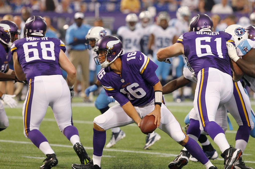 . Vikings quarterback Matt Cassel looks to pitch the ball during the second quarter against the Titans. (AP Photo/Ann Heisenfelt)