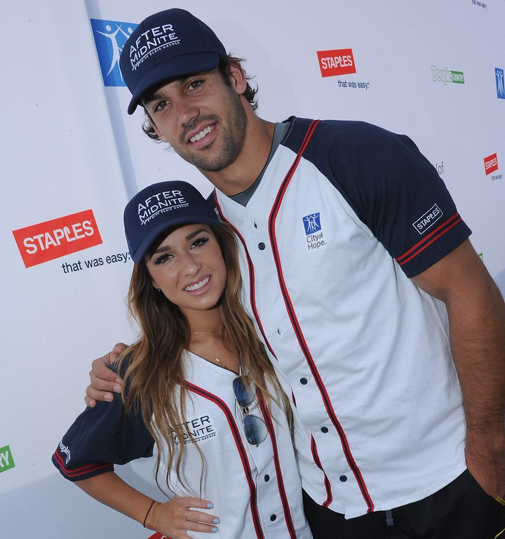 """. <p>1. ERIC DECKER <p>Signs up for Jets hell, but his reality TV wife doesn�t seem to mind. (unranked) <p><b><a href=\' http://www.nydailynews.com/sports/football/jets/decker-country-singer-wife-jessie-james-talents-ny-article-1.1719981\' target=\""""_blank\""""> HUH?</a></b> <p>   <p>OTHERS RECEIVING VOTES <p> Mike Greenlay�s face, Michel Sproles, Dan Warthen, Rick Reilly, Michelle Beadle & Jack Jablonski, Sheila Jackson Lee, Jimmy Rollins, Rodger Saffold, SXSW, Chris Fowler, Francisco Rodriguez, Jonathan Martin, Nadya Suleman, Kobe Bryant, NFL free agency, George Zimmerman, Ryan Braun, lobsters, Joel Osteen, Brent Musburger, Candy Crush, potholes, Floyd Mayweather, Lindsay Lohan�s �conquest� list, Kris Medlen, Chris Pine, David Jolly, DeMarcus Ware, Julius Peppers, Malaysia Airlines Flight 370, Miley Cyrus, Pat Garofalo, Joel Embiid, �Cosmos�, Lady Gaga, Barry Bonds, Justin Bieber, Rachel Canning, Juan Pablo Galavis, Darrelle Revis, Vancouver Canucks, glucosamine, Central Intelligence Agency, Santonio Holmes, Oscar Pistorius, Kim Jong-Un, Phil Jackson, George Zimmerman, Tiger Woods, Rich Peverley, Dennis Rodman, Sbarro. <p> <br><p> You can follow Kevin Cusick at <a href=\'http://twitter.com/theloopnow\'>twitter.com/theloopnow</a>.     (Rick Diamond/Getty Images for City of Hope)"""
