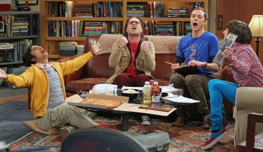 """. 8. �BIG BANG THEORY� <p>Proof that you don�t have to be a star athlete, or even remotely athletic, to hold out for more money. (unranked) </p><p><b><a href=\""""http://www.deadline.com/2014/07/big-bang-theory-production-pushed-over-cast-contract-negotiations/\"""" target=\""""_blank\""""> LINK </a></b> </p><p>    (AP Photo/CBS, Monty Brinton)</p>"""